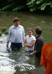 Erwachsenentaufe durch die Evangelikalen Gemeinde Villach